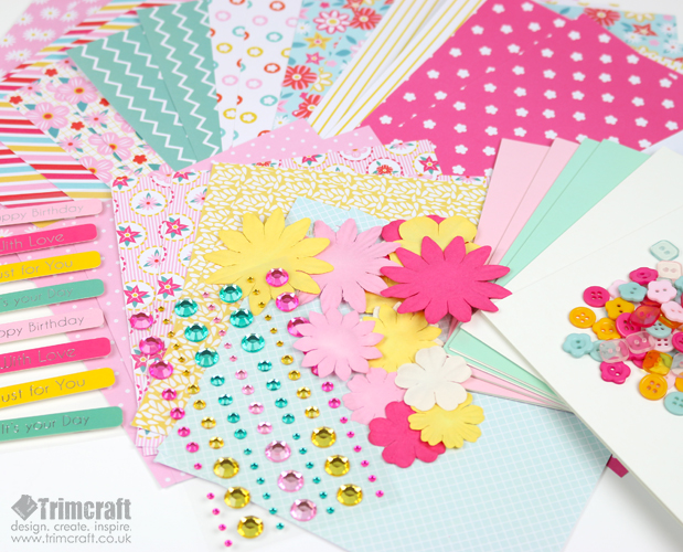 dovecraft_goody_bags_2017_floral_contents_2.jpg