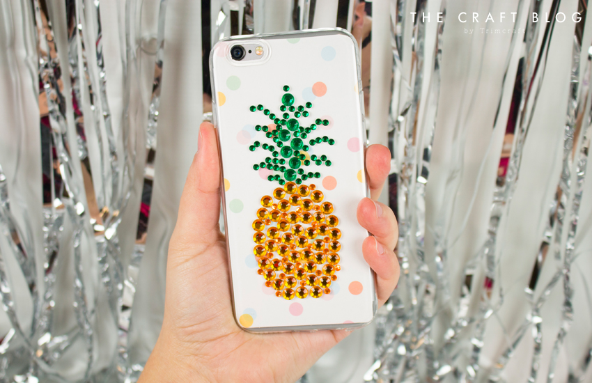 Gemmed_phone_case_pineapple_10.jpg