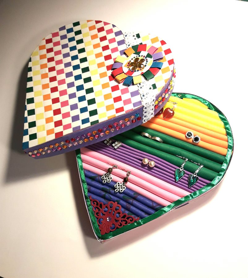 TC-Rainbow-earring-box.jpg