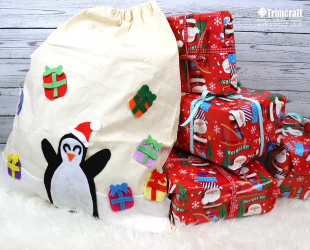 no_sew_dovecraft_christmas_sack_14.jpg