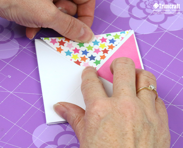 card_shape_month_kite_september_2016_10.jpg