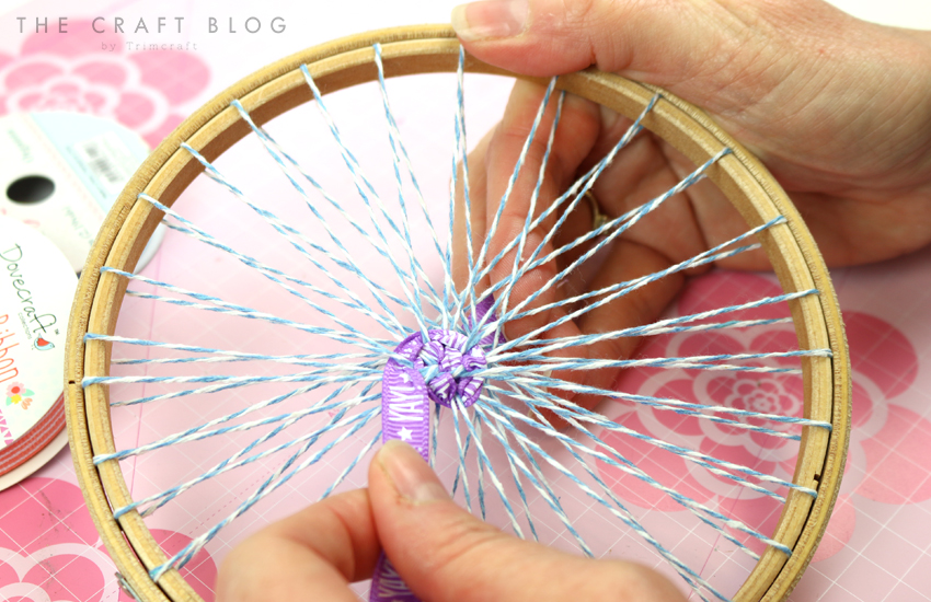 embroidery_hoop_weaving_4.jpg