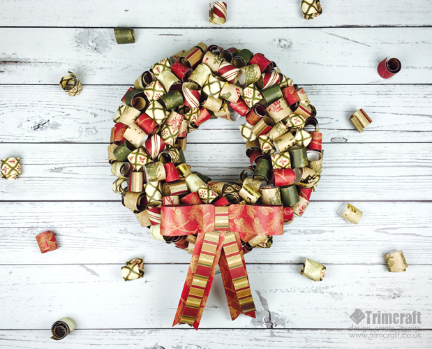 jingle_all_the_way_wreath_1.jpg