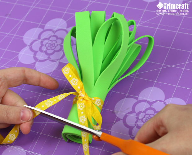Mother's day Foam Flower Bouquet Tutorial with Free Printable Template content image